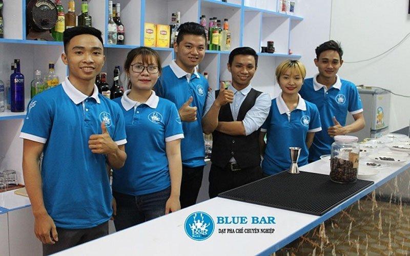 dao-tao-pha-che-da-nang-blue-bar