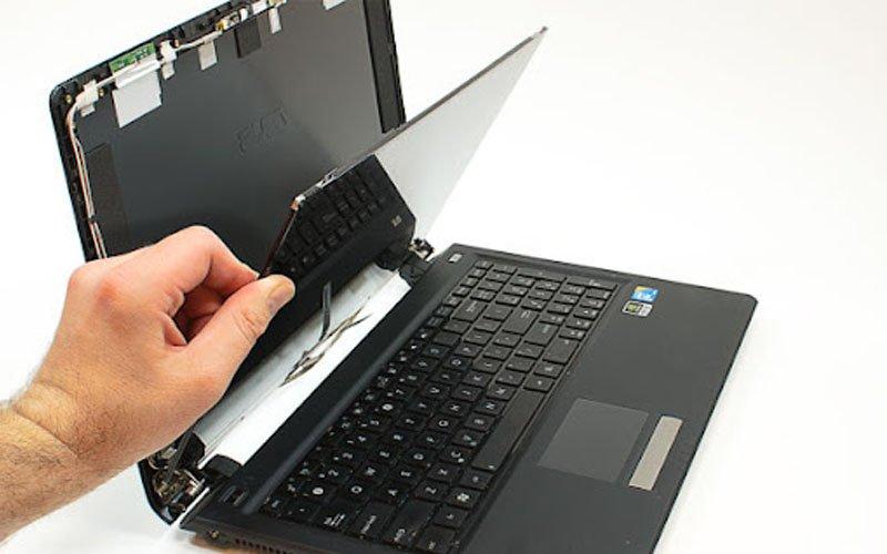 thay-man-hinh-laptop-uy-tin-da-nang-3